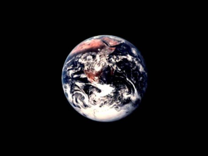 Exhibit Earth / Experimental Short Film