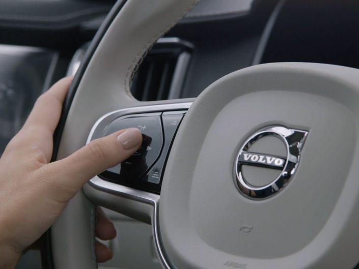 Volvo S90 / Pilot Assist :15 Commercial